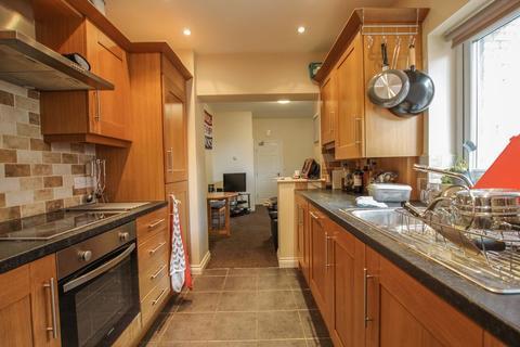 3 bedroom apartment to rent - Lonsdale Terrace, West Jesmond - 3 Bedrooms - 95.50pppw