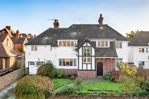 5 bedroom detached house for sale - Bouverie Road West, Folkestone, CT20