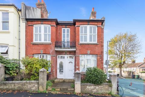 2 bedroom maisonette for sale - Shanklin Road, Brighton, BN2