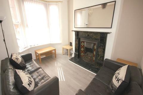 3 bedroom house share - Edinburgh Road, Kensington, Liverpool