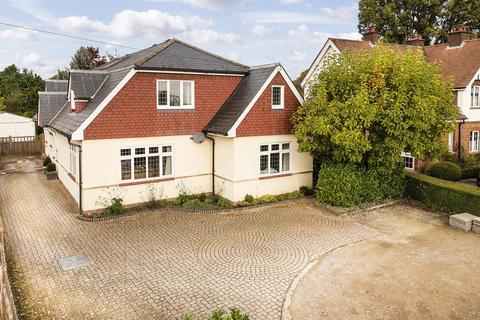 4 bedroom detached house for sale - Hadlow Road, Tonbridge