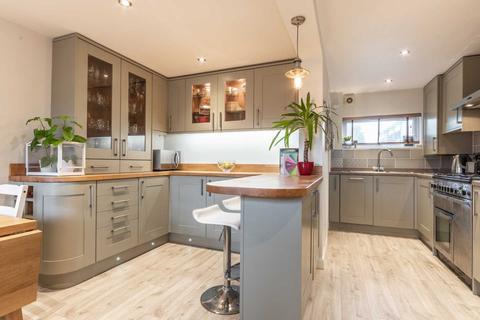 2 bedroom semi-detached house to rent - Park Road, Southborough, Tunbridge Wells