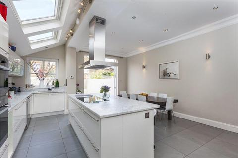 6 bedroom terraced house to rent - Osward Road, London, SW17