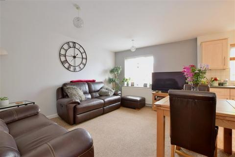 2 bedroom ground floor flat for sale - Wincliff Road, Tonbridge, Kent