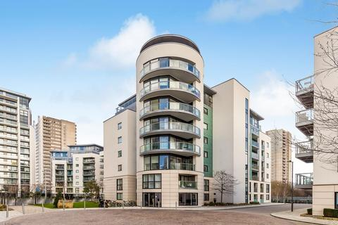 3 bedroom flat for sale - Masson House, Pump House Crescent, Brentford, Middlesex, TW8