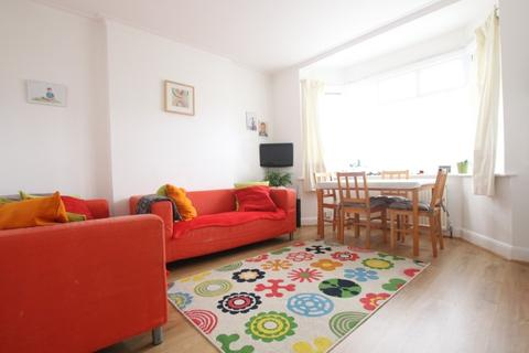 2 bedroom flat to rent - Orchid Road ,Southgate, N14