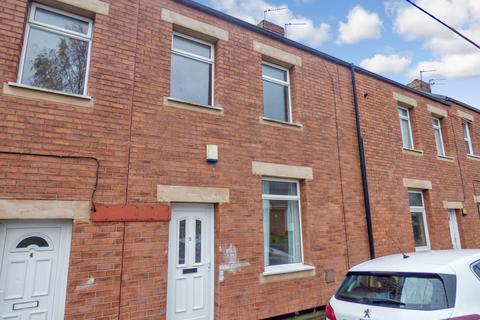 2 bedroom terraced house to rent - Pine Street, ., Stanley, Durham, DH9 7BD