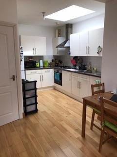 1 bedroom flat to rent - 36 Woodstock Terrace, poplar, E14