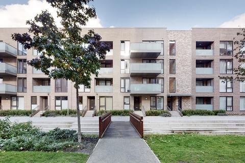 2 bedroom flat to rent - New Village Avenue, Canary Wharf, E14