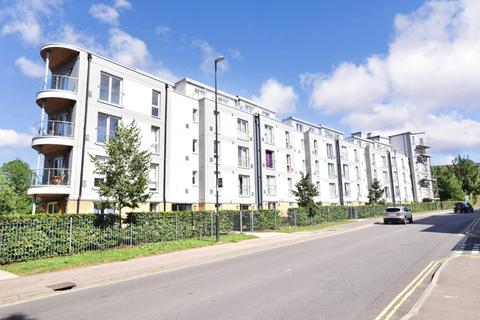 1 bedroom flat to rent - Bloomery House West Green Drive RH11