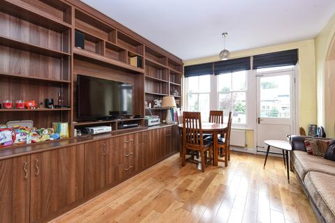 2 bedroom flat to rent - Hillfield Park Muswell Hill N10