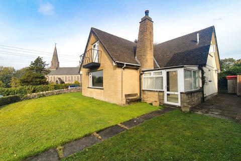 5 bedroom detached bungalow for sale - Fairways, Church Road, Levens, Kendal, Cumbria, LA8 8PS