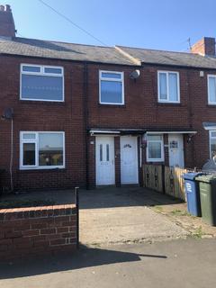 3 bedroom flat to rent - Irthing Avenue, Newcastle upon Tyne