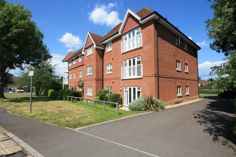 2 bedroom apartment to rent - Hurst Court, Horsham