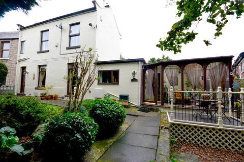 2 bedroom semi-detached house - Main Street, Hackenthorpe Village, Sheffield