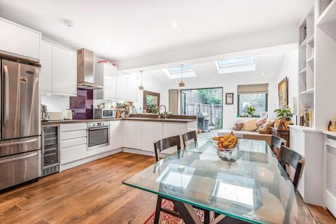 3 bedroom terraced house for sale - Keble Street, Earlsfield