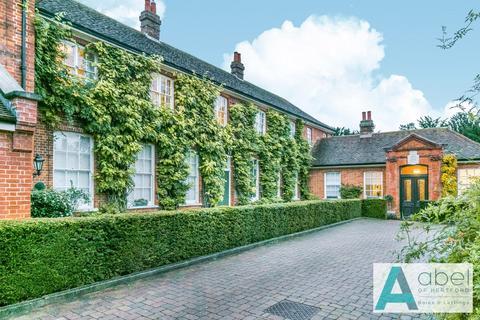 1 bedroom apartment - The Stables, Balls Park, Hertford, SG13