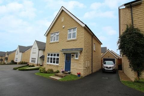 3 bedroom detached house for sale - Beech Close, Steeton