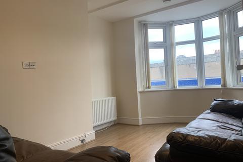 5 bedroom maisonette to rent - Chillingham Road, Heaton ,