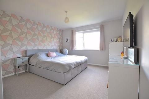2 bedroom apartment - Orchard Road, Bromley