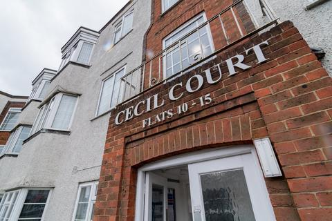 2 bedroom flat for sale - Cecil Court, 7 Charminster Road, Bournemouth