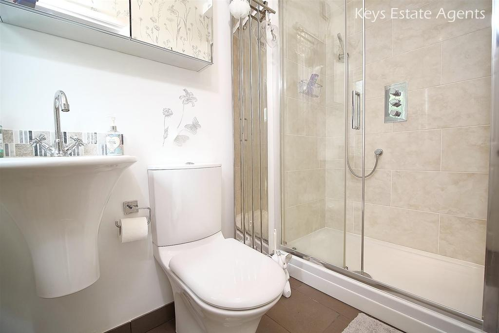 Shower Room Ang1.jpg