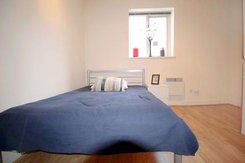 Studio to rent - St. Petersburgh Place, Bayswater, W2