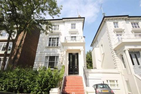 Studio to rent - Buckland Crescent, Belsize Park, London, NW3