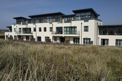 2 bedroom apartment for sale - Dunepoint, 606 Clifton Drive North, St Annes