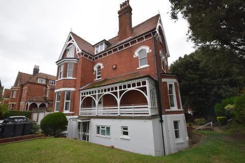 1 bedroom flat - Carlisle Road, Eastbourne