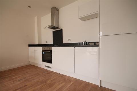 2 bedroom apartment to rent - Falconars House, City Centre