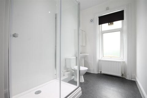 5 bedroom terraced house to rent - First Avenue, Heaton