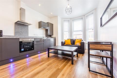 2 bedroom apartment to rent - Flat C, Queens Road, Jesmond, Newcastle Upon Tyne