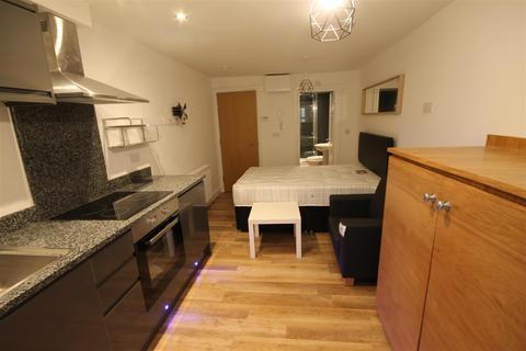 Studio to rent - Osborne Terrace, Jesmond, Newcastle Upon Tyne