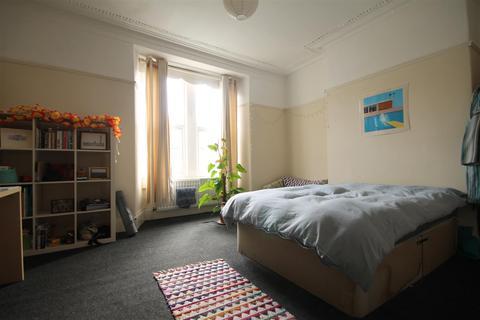 4 bedroom terraced house to rent - Cardigan Terrace, Heaton