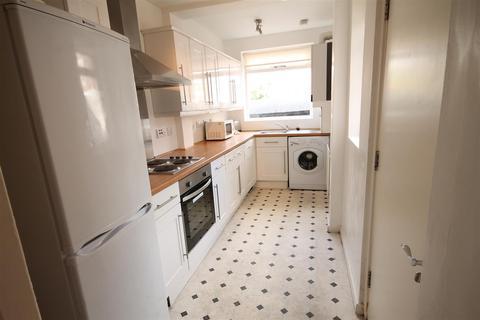 4 bedroom terraced house to rent - Warwick Street, Heaton