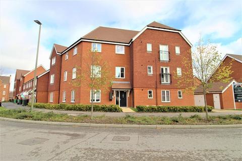 2 bedroom flat for sale - 82 Webber street, Westvale Park, Horley, Surrey. RH6 8NQ