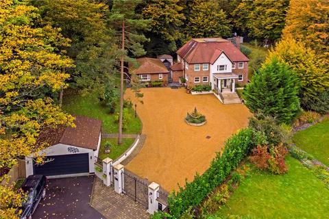5 bedroom detached house for sale - Bishops Road, Tewin, Welwyn, Hertfordshire
