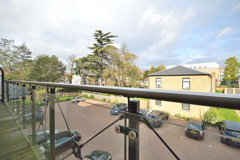 2 bedroom apartment for sale - Davis House, Huguenot Drive, Palmers Green N13