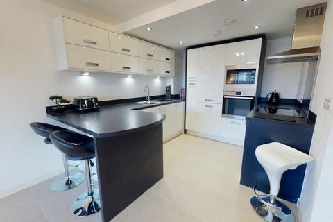 2 bedroom flat for sale - Ferry Court, Cardiff Bay, Cardiff, CF11