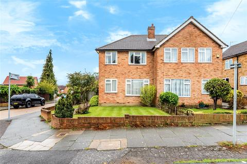 3 bedroom semi-detached house for sale - Cornwall Road, Uxbridge, Middlesex, UB8