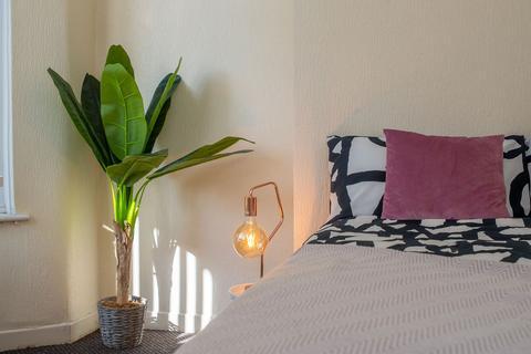 4 bedroom terraced house - Fell Street, Kensington Fields, Liverpool