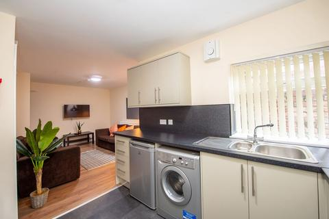 5 bedroom terraced house to rent - Albert Edward Road, Kensington Fields, Liverpool