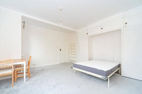 Studio to rent - Belsize Grove, Belsize Park, NW3