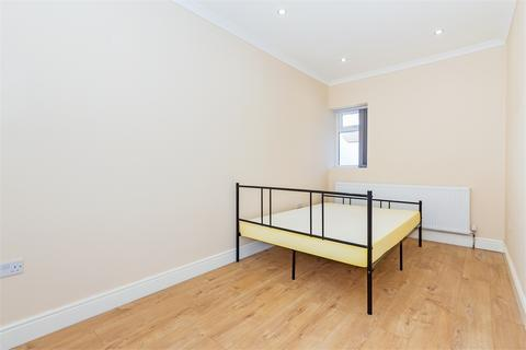 House share to rent - Martin Road, Slough, Berkshire