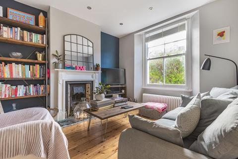 1 bedroom flat - Wingford Road, Brixton