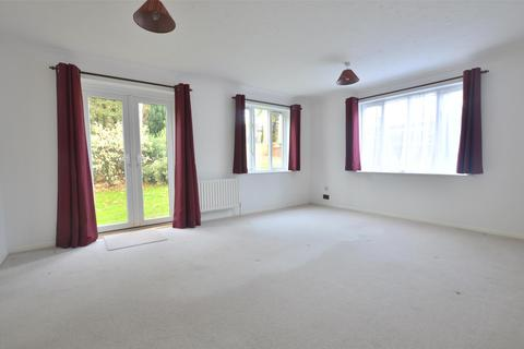 1 bedroom apartment to rent - Bronte Court, St Annes Rise, Redhill, RH1
