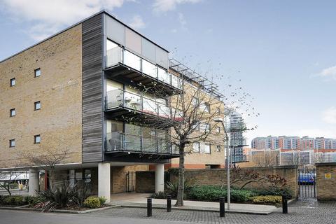 2 bedroom flat to rent - Boardwalk Place, Docklands E14