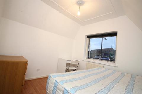 1 bedroom flat share to rent - Old Oak Common Lane, East Acton, London, W12 0BP