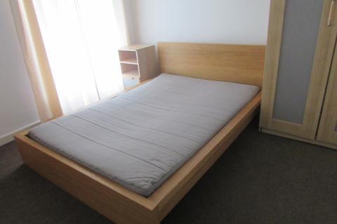 3 bedroom house to rent - Inkerman Street, St Thomas, Swansea